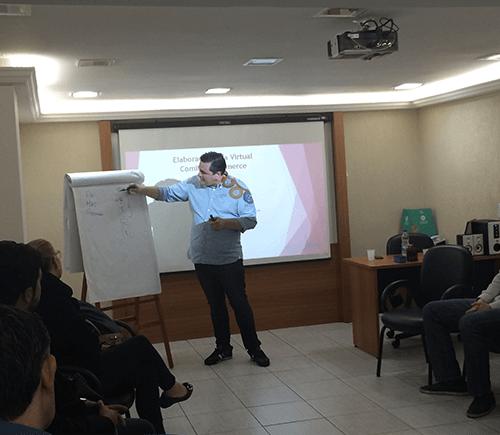 Comitê de E-commerce debate sobre elaboração de loja virtual