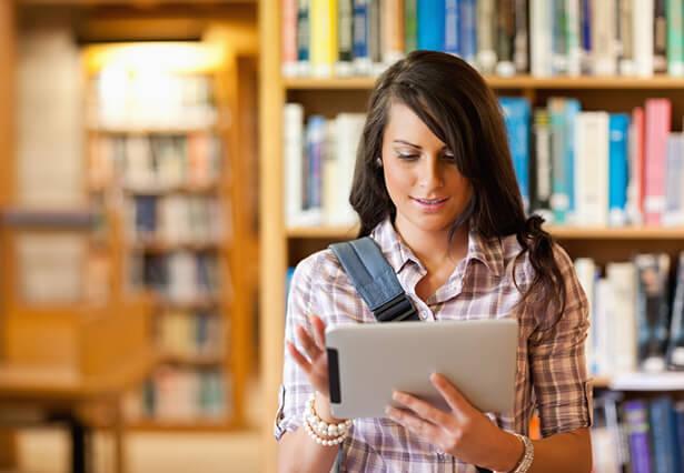 Cresce a venda de livros didáticos pela internet